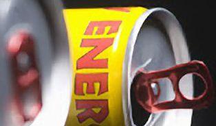 Jeden energy drink jsou dva hrnky kafe