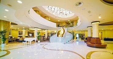 Pronájem bytů v hotelu Don Giovanni v Praze. Lobby hotelu. (8.2.2021)