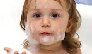 Chemikálie v dětském šamponu Johnson & Johnson