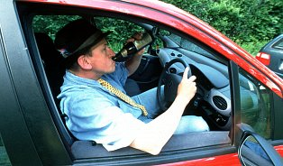 Inízké dávky alkoholu významně mění chování