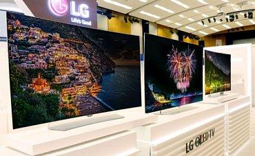 LG uvedlo čtyři novinky s obrazovkami typu OLED. Všechny jsou – jak bylo oznámeno už v lednu – Ultra HD (4K). Jiné OLED od LG už ani nebudou a to, co je na trhu je doprodej.
