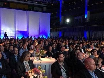 Publikum na konferenci DOTS 2017 v Praze