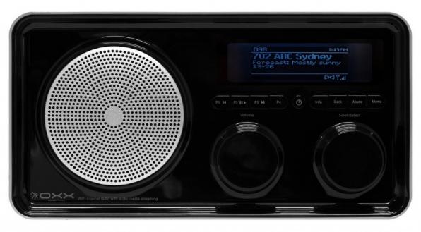 OXX Digital Classic je stylové retor rádio, jen škoda plastové lekslé povrchové úpravy