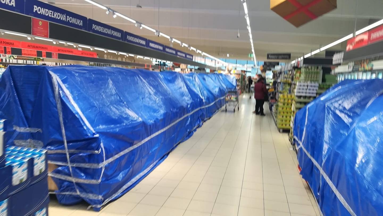 Zakázané nákupy ve slovenském Tescu