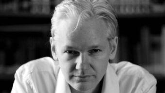 [aktualita] Britský soud odmítl žádost USA o vydání Juliana Assange