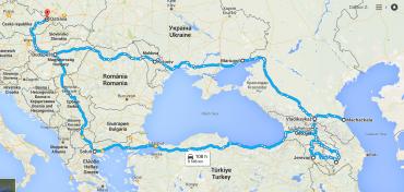 Druhá trasa cestování s platebními kartami. Bez hotovosti se dá po zemi dojet až do Jerevanu, pak se to komplikuje.