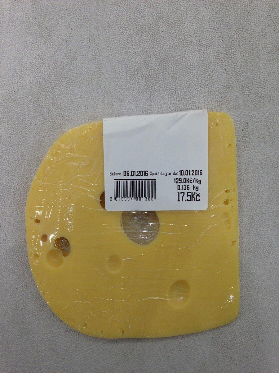 Tesco - balení sýrů