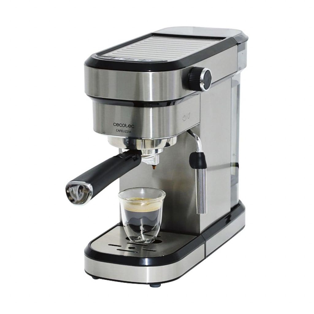 Test kávovarů
