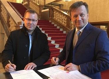 Zprava: Jan Matoušek z ČAP a Petr Volek z EFPA