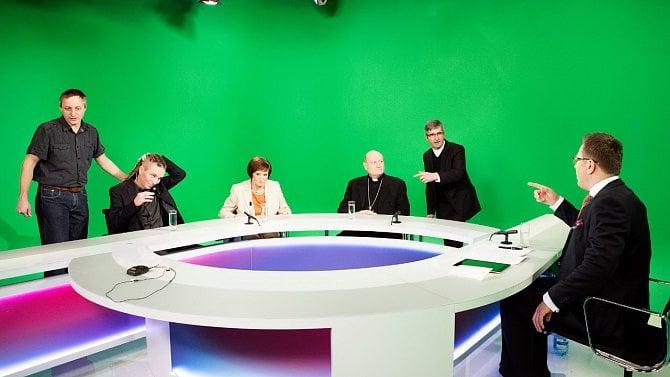 Senátoři: Českou televizi a Český rozhlas musíme bránit, napětí kolem nich roste