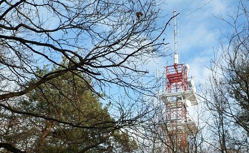 Pohled na nový vysílač multiplexu 4 v Praze - Ládví
