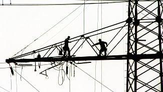 Tarify a sazby elektřiny mohou podnikateli ušetřit desetitisíce. Víme, jak na to