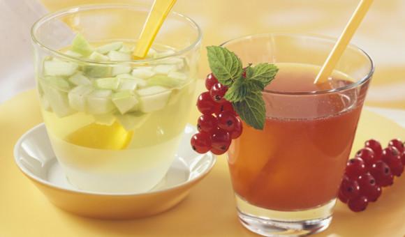 Jablečný ice tea a pepermintový ice tea