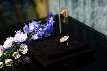 Přírodní růžový diamant o velikosti 3,2 karátu, stojí přes 13 milionů korun