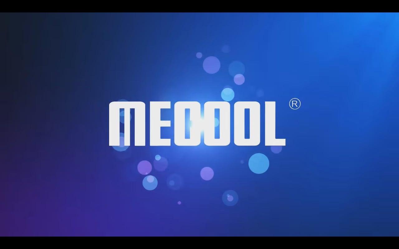 Start přístroje a uživatelské prostředí Mecool