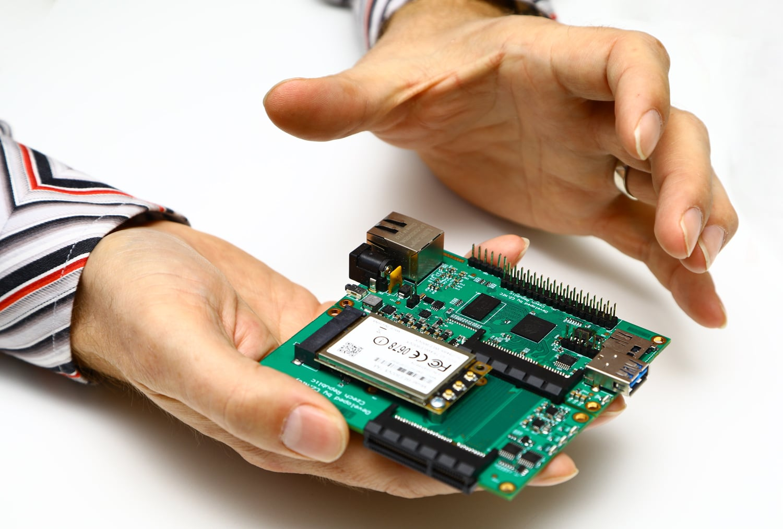 Turris Mox, modulární a levnější bratr routeru Turris Omnia
