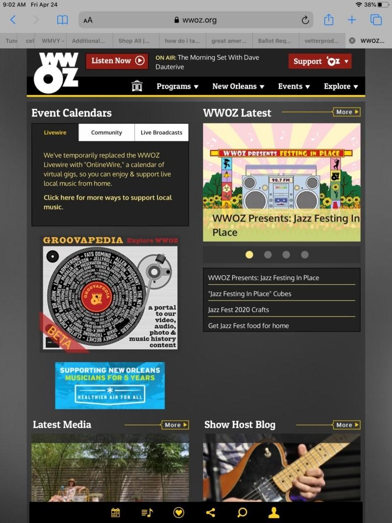 """Internetové rádio WWOZ z New Orleans představující """"Jazz Festing in Place""""."""