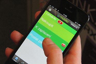 Při integraci Mobita do pokladního systému obchodníkovi sdělíte své telefonní číslo a on vám pošle částku k úhradě.