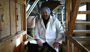 Vitalia.cz: Melou bezlepkové bio obiloviny. Jediní v Evropě
