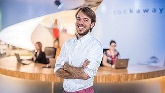 Divoký rok české e-commerce: Úřednická razítka, velkákauza isoubojtitánů