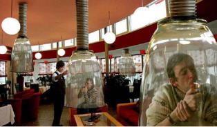 Protikuřácký zákon: proti kouření vrestauracích ie-cigaretám