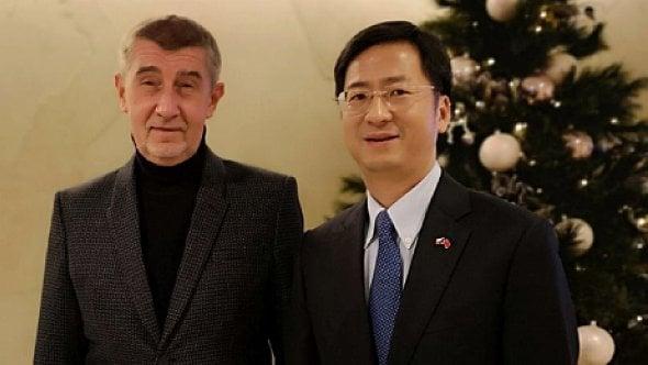 [aktualita] Babiš se kvůli Huawei sešel s velvyslancem Číny, ta doufá v nápravu