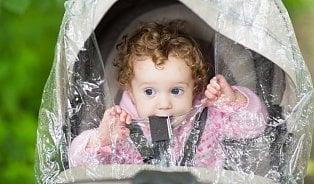 Jak obléct malé dítě? Studené ruce neznamenají, že mu jezima