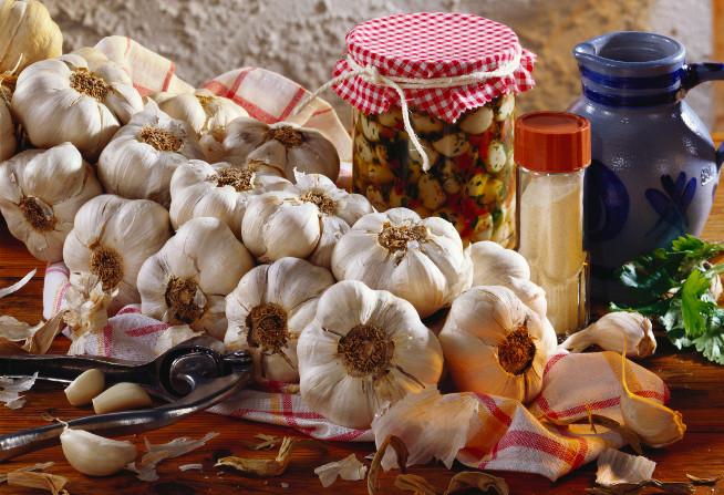 Za český česnek se u nás vydává česnek ze Španělska