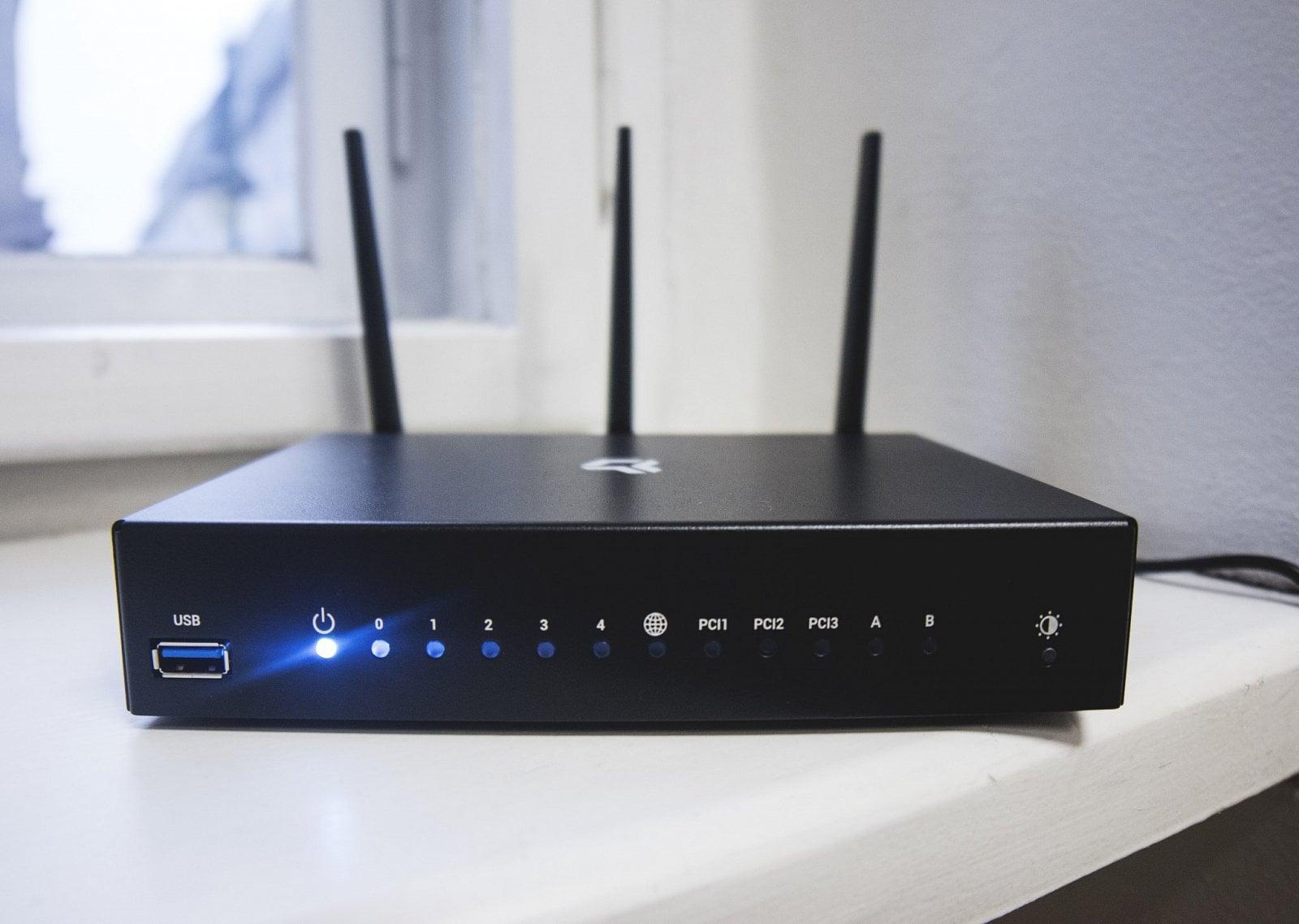 Router Turris Omnia