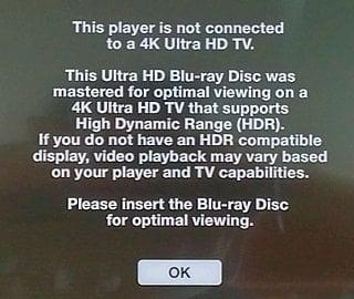 Hlášení po připojení na Full HD televizor.