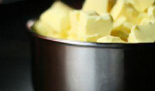 Věčný souboj: máslo, nebo margarín?