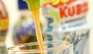 Dětská pitíčka: pod matoucími názvy se prodává zatraceně oslazenávoda