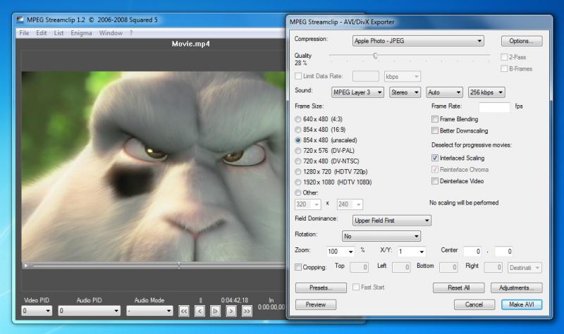 MPEG Streamclip je univerzální multimediální aplikace, která přehrává i stříhá videa