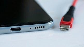 Root.cz: Evropa chce (zase) sjednotit nabíječky chytrých telefonů