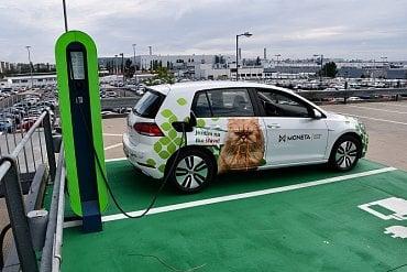 Veřejná nabíjecí stanice pro elektromobily