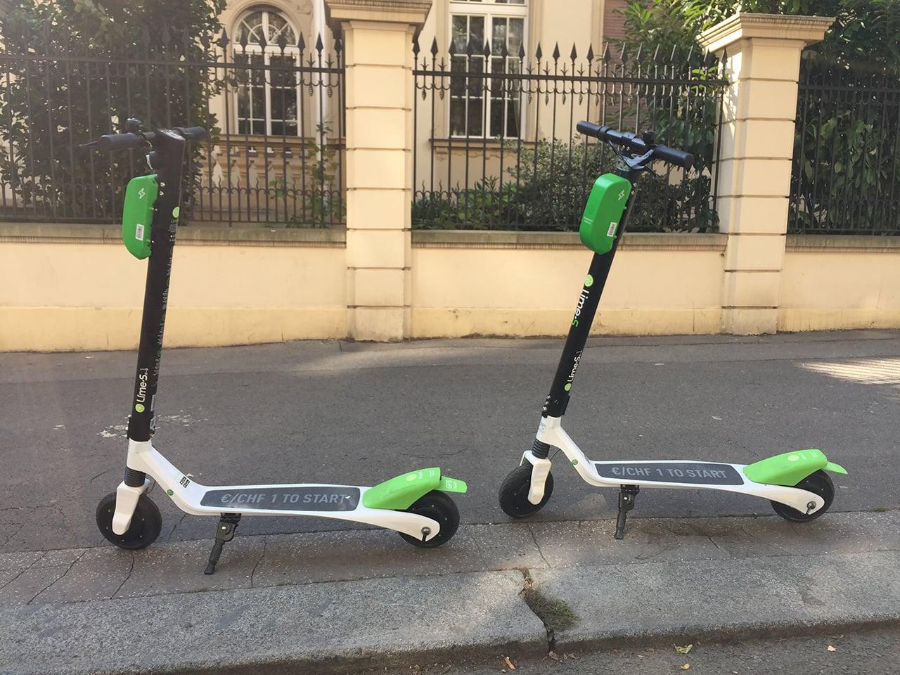 Jak fungují sdílené elektrické koloběžky Lime v Praze