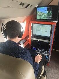 Práce leteckých inženýrů při sběru dat.