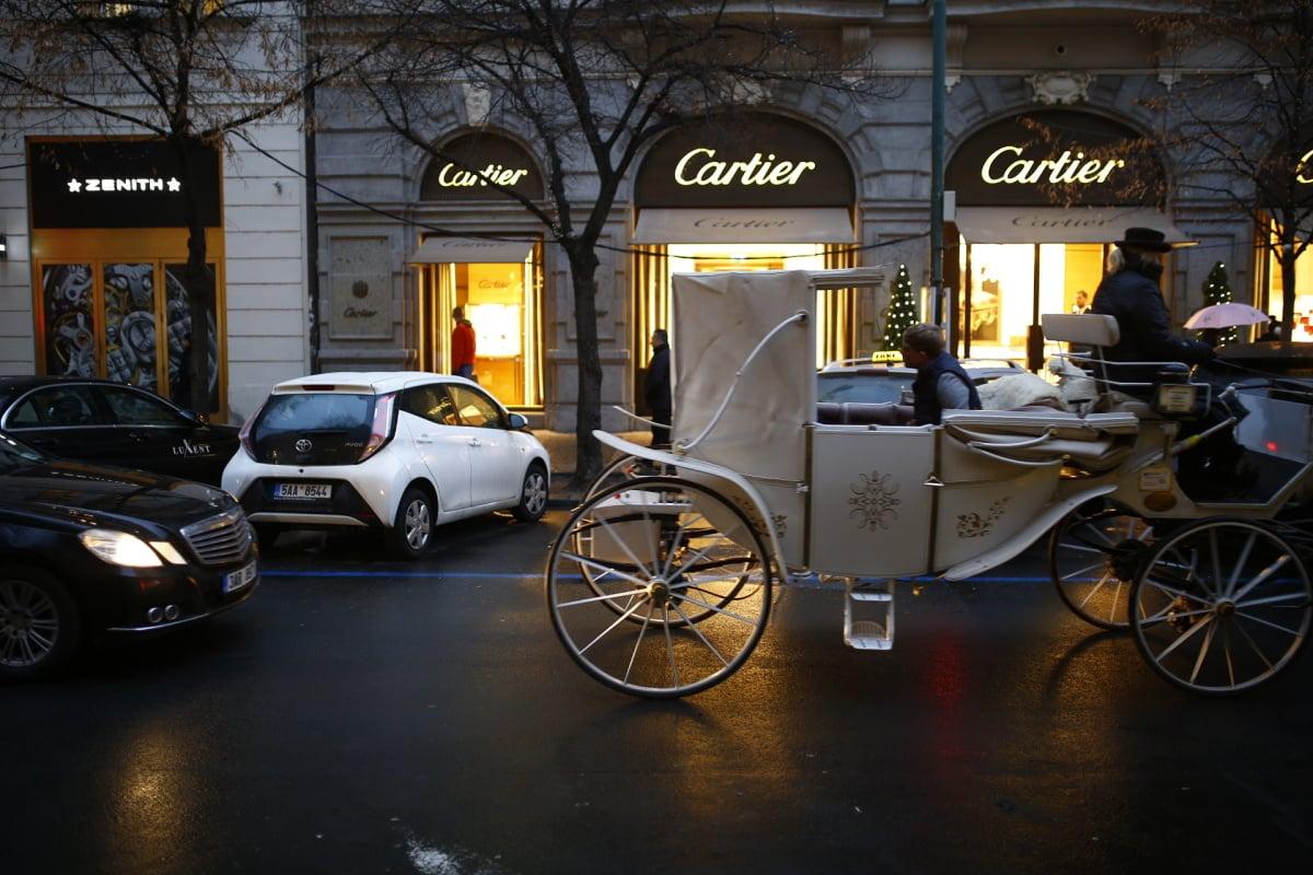 Vánoce v jedné z nejdražších českých ulic. Navštivte Pařížskou