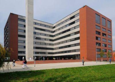 Fakulta architektury v pražských Dejvicích