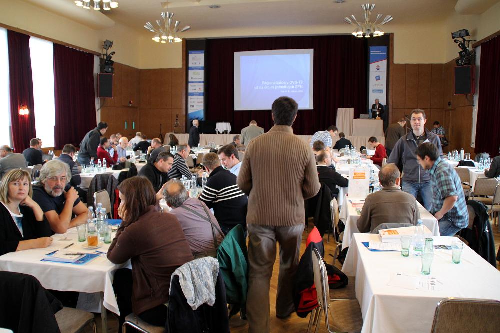 Jak to vypadalo na konferenci Radiokomunikace 2015 v Pardubicích