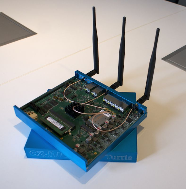Turris router (prototyp)