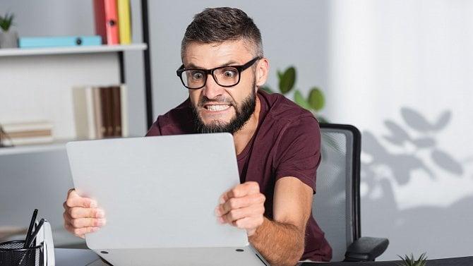 [článek] Falešné objednávky na e-shopu? Občas je to boj světrnými mlýny