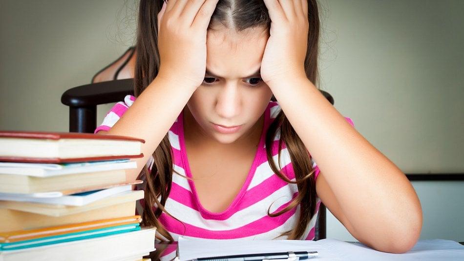 Jsou naše děti přetěžovány?