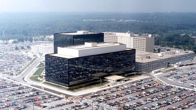 Trump podepsal šmírování NSA na dalších 6let