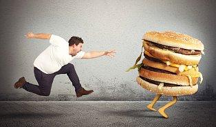 Dieta formou polohladovky slibuje zhubnutí a omlazení