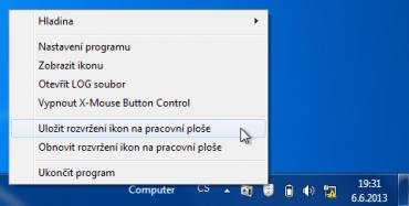 Přes ikonu v oznamovací oblasti můžete například uložit rozvržení ikon na pracovní ploše