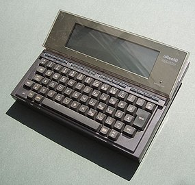 Olivetti M10 – ideální mobilní počítač pro hackery v roce 1984