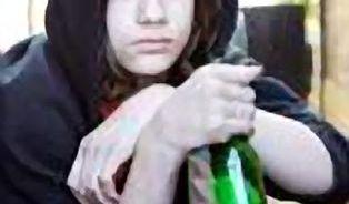 Děti konzumují alkohol už od 11 let. Mohou za to rodiče?
