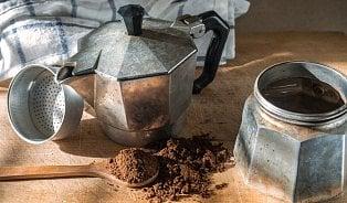 Italové dali světu kávy dvě věci– espresso a moka konvičku