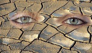 Suché oko paradoxně hodně pláče